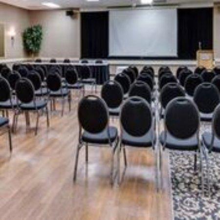 Heritage Inn: Meeting Presentation Set up