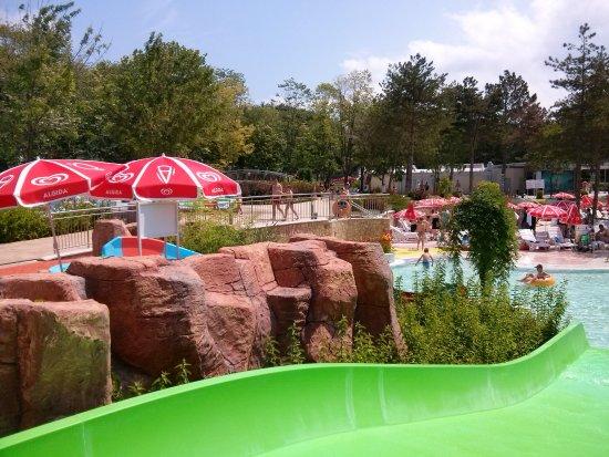 Aquapark Aquamania: Zjeżdżalnie dla maluchów.