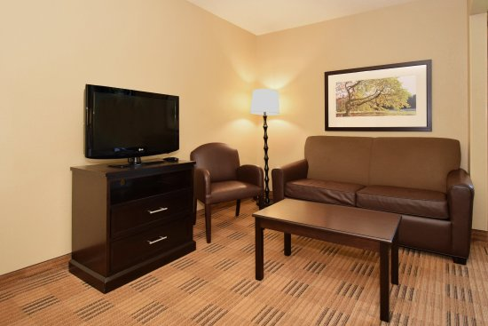 Extended Stay America - St. Louis - Earth City : Deluxe Studio - 1 Queen Bed