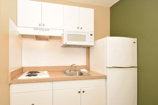 Extended Stay America - Atlanta - Perimeter - Hammond Drive: Fully Equipped Kitchens