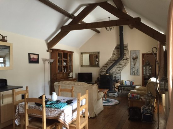 Llanfor, UK: inside the cottage