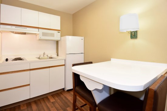 Extended Stay America - Washington, D.C. - Sterling - Dulles: Fully Equipped Kitchens