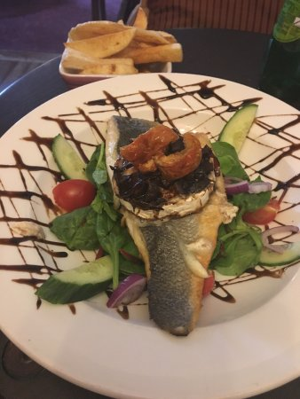 Wateringbury, UK: I have reviewed this restaurant !! Sea bass goats cheese, chocolate fudge cake amazing