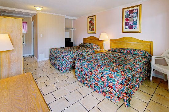Guest Room With 2 Beds Picture Of Sea Breeze Inn Ocean