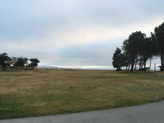 San Mateo, CA: Coyote Point Beach Reservation Area\