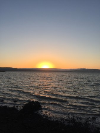 San Mateo, Kalifornia: Coyote Point Bay Trail View at Sunset