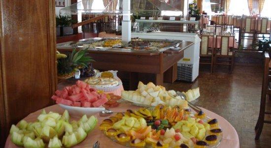 Monte Real, Portugal: Buffet de frutas