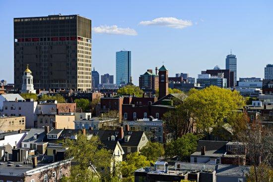 Holiday Inn Express & Suites Boston - Cambridge: View of Cambridge
