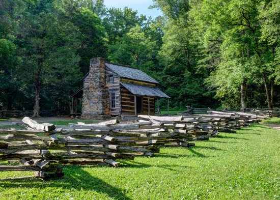 Great Smoky Mountain National Park: Cades Cove   Old Cabin