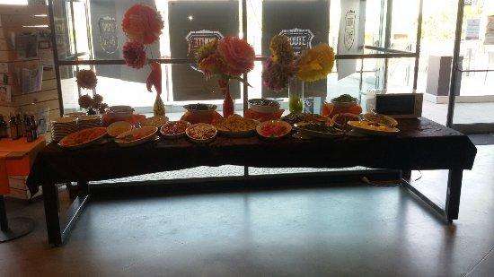 Osio Sopra, Ιταλία: Ci siamo per i pranzi di lavoro con buffet sempre esaltante menu 10 euro;Un primo un secondo buf