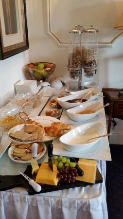 Audley House: Breakfast