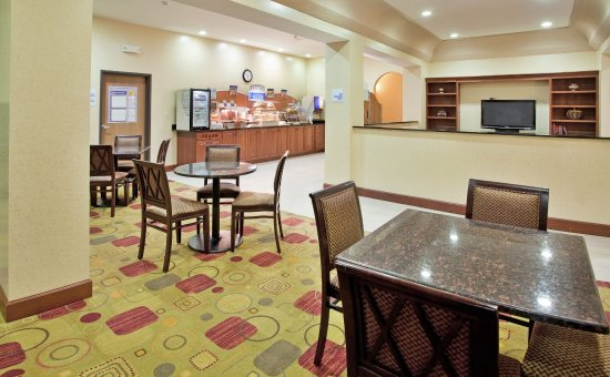 Holiday Inn Express Boonville : Guest Dining Lounge