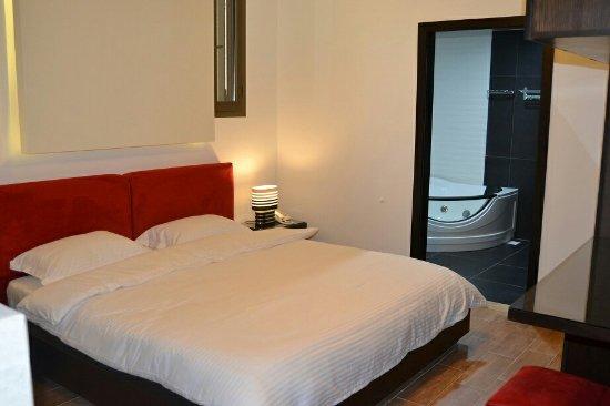 Serail Hotel Ehden