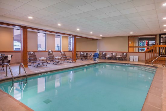 Holiday Inn Dundee - Waterpark: Swimming Pool