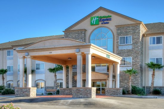 Holiday Inn Express Hotel and Suites: Alamogordo Hotel Exterior Day