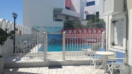 Blue Sky Hotel: 20160706_094631_large.jpg