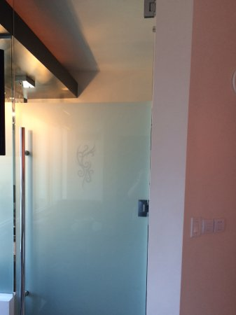 Hard Rock Hotel U0026 Casino Biloxi: Frosted Glass Door Leads Into Bathroom  Area In 2