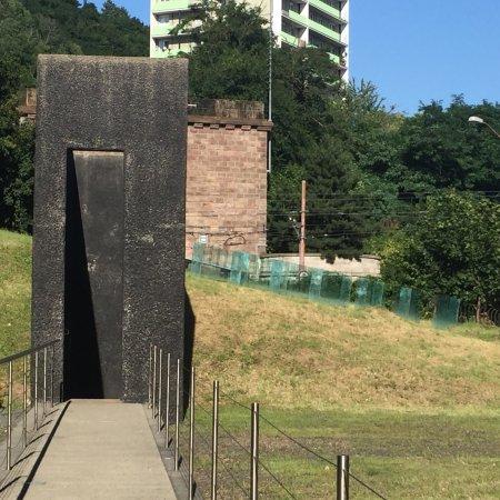 Chatam Sofer Memorial: photo5.jpg