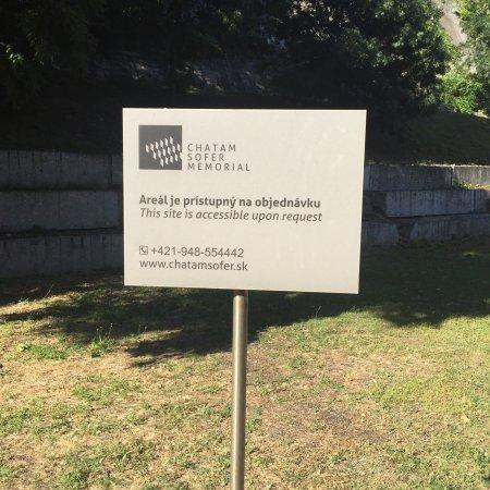 Chatam Sofer Memorial: photo6.jpg