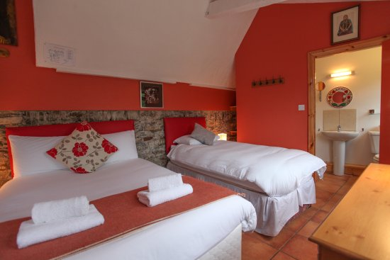 Moville boutique hostel updated 2017 reviews price comparison county donegal tripadvisor - Deco room oranje ...