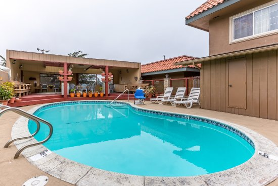Quality Inn San Simeon: Pool