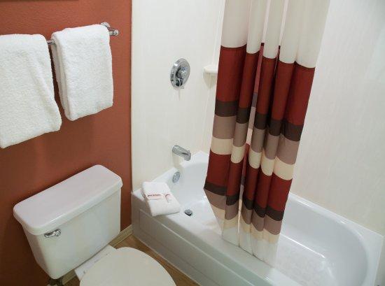 Taylor, MI: Bath