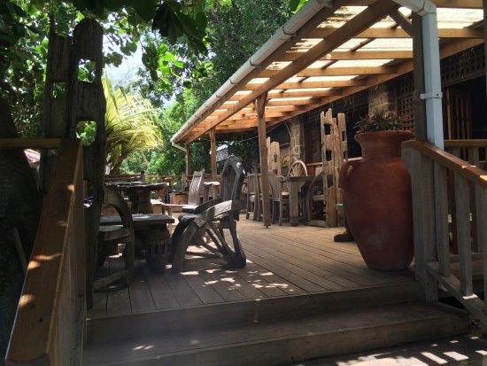 Gros Islet Quarter, Sainte-Lucie : Shady verandah