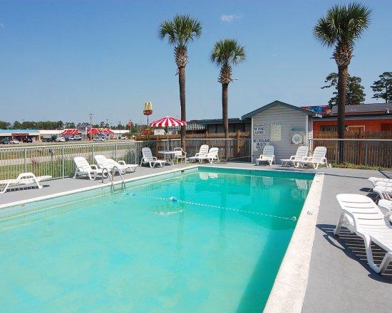 Rodeway Inn Surfside Beach : Pool