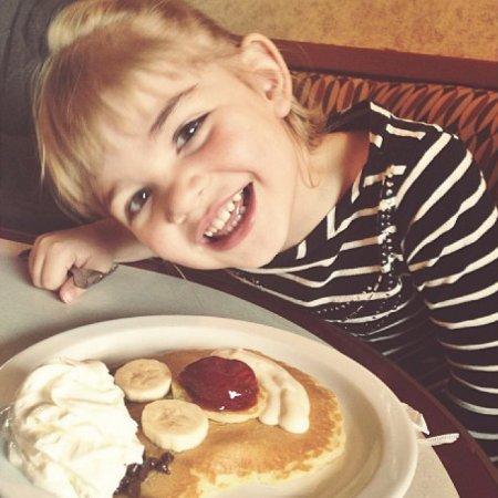 Elmer's Restaurant - Salem: Cub Cake