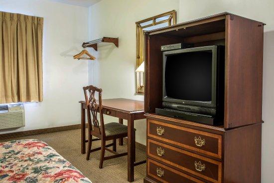 روديواي إن: King guest room