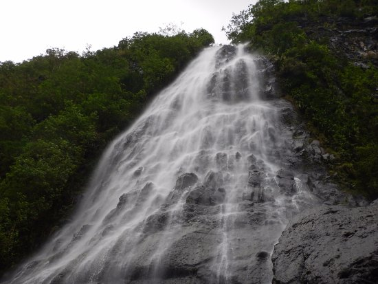 Afareaitu Waterfalls