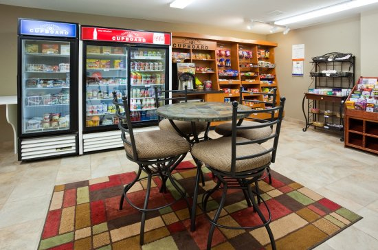 Richfield, MN: Candlewood Cupboard