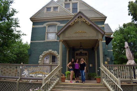 The Canon City Queen Anne: photo4.jpg