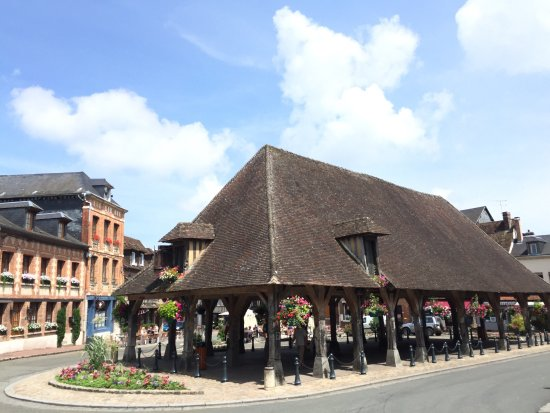 Lyons-la-Foret, Francia: photo2.jpg