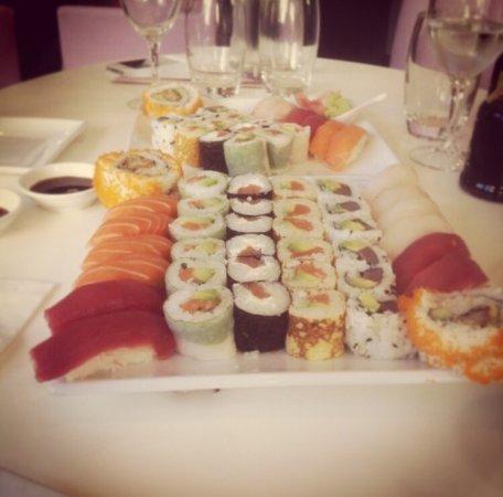 Eat sushi : photo0.jpg