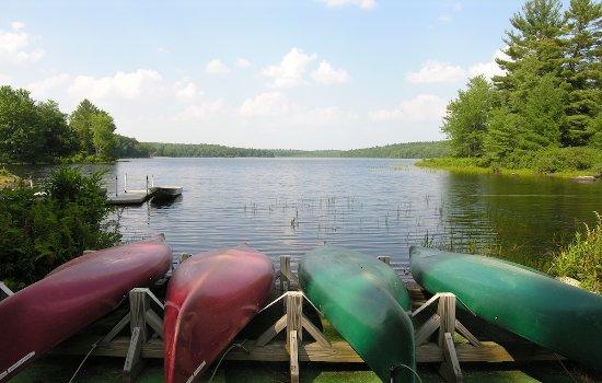 Inn at Lake Joseph: Kayaks for Your Use on the Lake