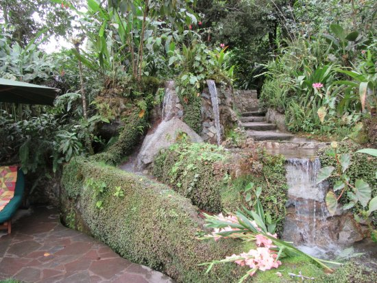 Belmond Sanctuary Lodge: One of the fountains in the private garden