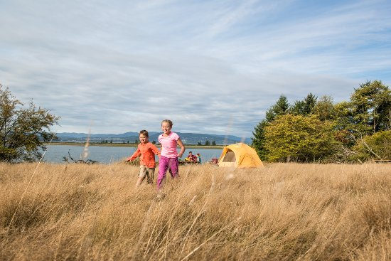 Gulf Islands National Park Reserve of Canada: Family camping getaway at Sidney Spit