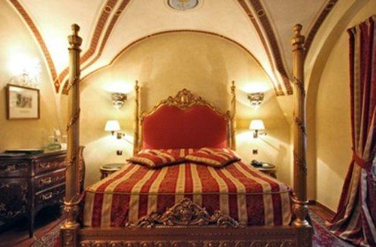 Alchymist Nosticova Palace: Gothic Room