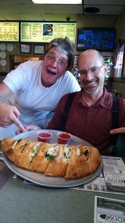 McConnellsburg, PA: AMAZED at the size of our $14 STUFFED calzone - yummy and huge meal for 2 + leftovers!