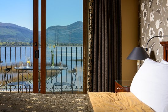 Lake Hotel: Deluxe Room Water View
