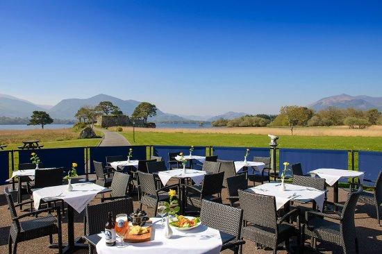 Lake Hotel: Al Fresco Dining Food