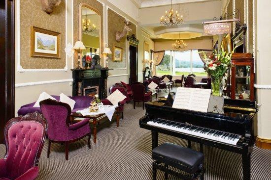Lake Hotel: Piano Lounge