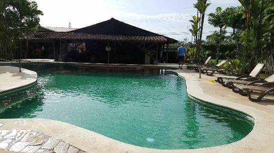 Arenal Backpackers Resort: IMG-20160707-WA0017_large.jpg