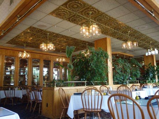 Dante's Creative Cuisine: The Interior at Dante's