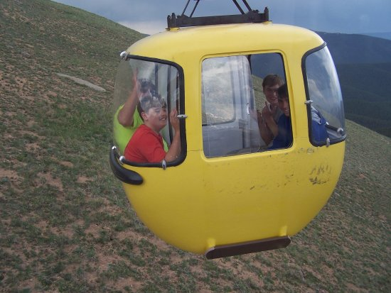 Monarch, CO: Lift pod on the way up the mountain