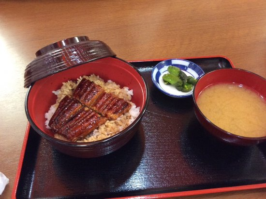 Osaka, Jepang: 廉價好吃的鰻魚飯,我去兩次,兩次都必吃!!!有座位可以坐著食用。