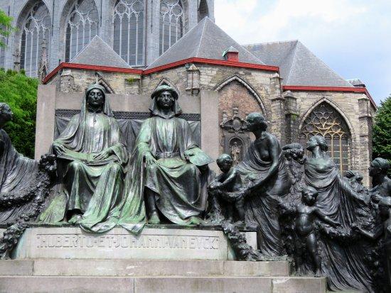 Monumento Hermanos Van Eyck