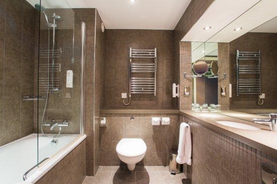 Westhill, UK: Guest Bathroom