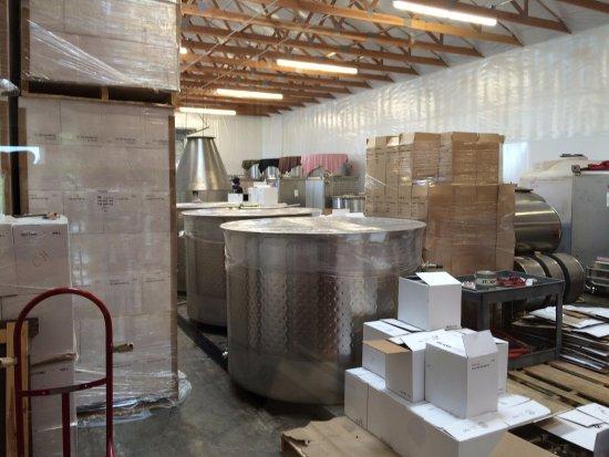 Amity, Oregón: Winery is on site